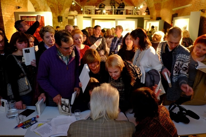 Рекордное число калининградцев пришло на презентацию«Заката Кёнигсберга»