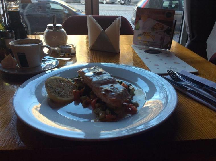 Новый поход в кафе «Заря» - новое разочарование